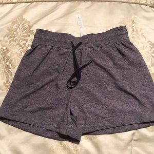 Luluemon shorts size 4 NEW